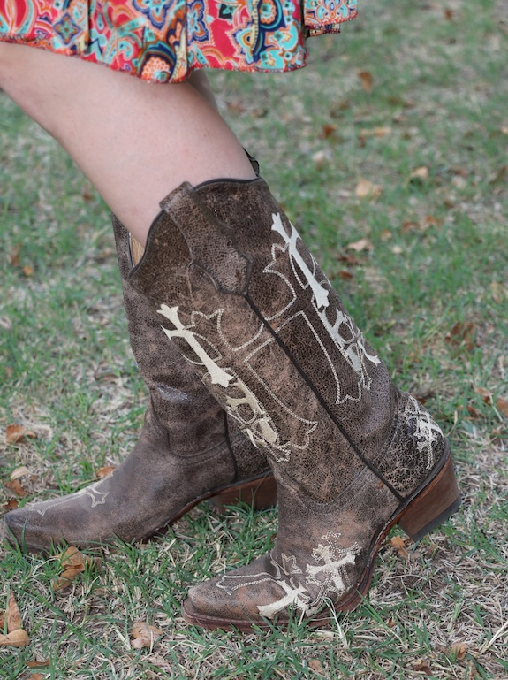 Cowgirl Boots - Corral