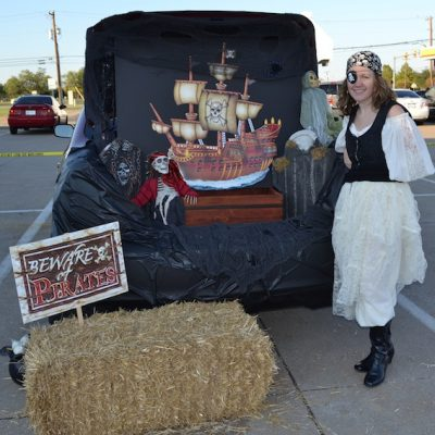How to Decorate for Trunk-or-Treat