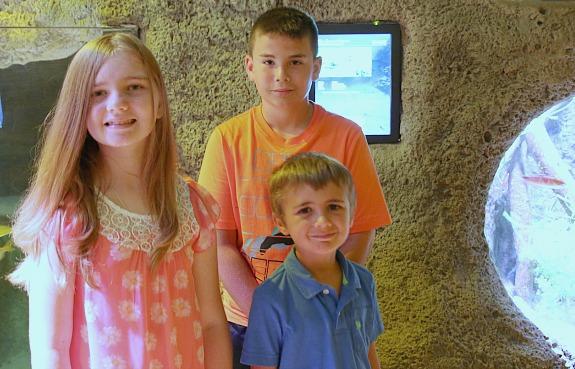 Kids at Sea Life Aquarium