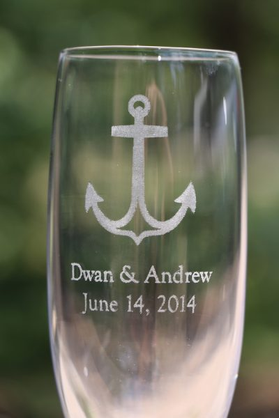 My favorite personalized wedding item – champagne flutes