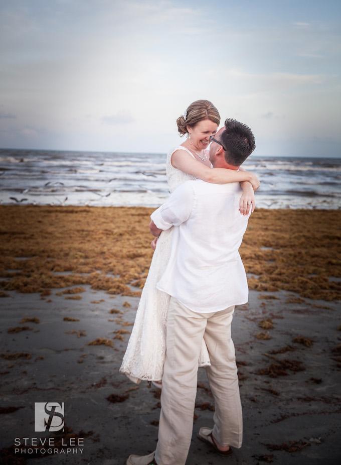 Wedding photos at beach