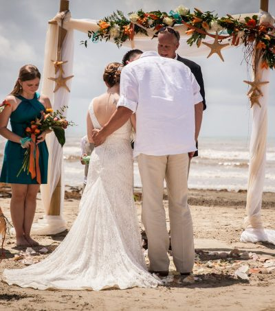 Essential Tips for Planning a Wedding with a Big Family