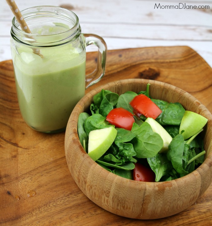 fresh spinach and tomato salad