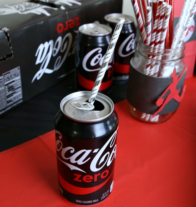 coke-zero-with-straw