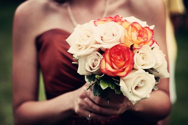 bouquet-1246307_640
