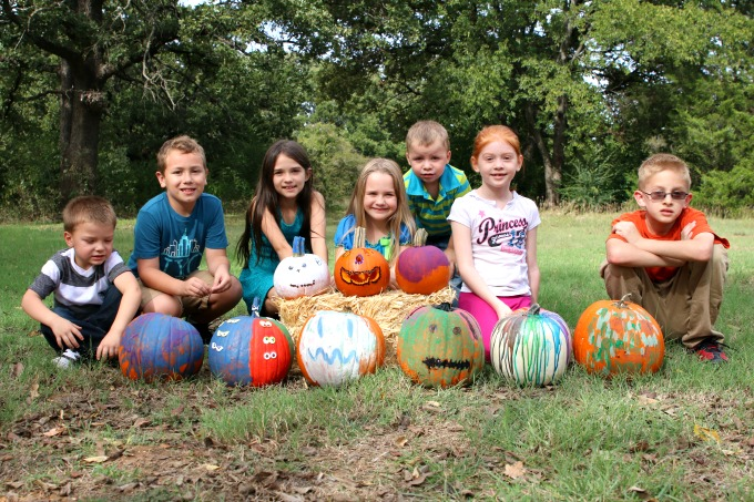 kids-with-pumpkins