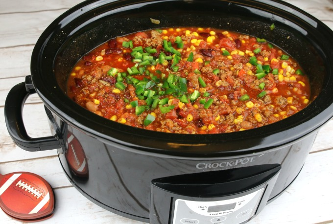 put-chili-in-slow-cooker