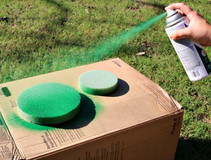 spray-paint-styrofoam-base