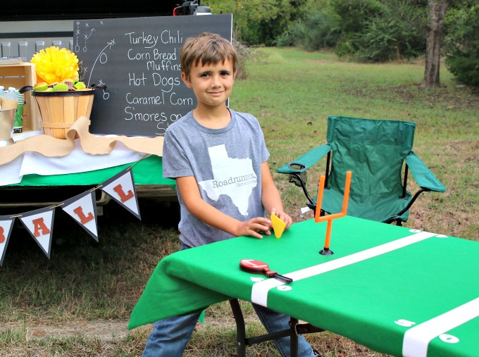 tailgate-football-party-game