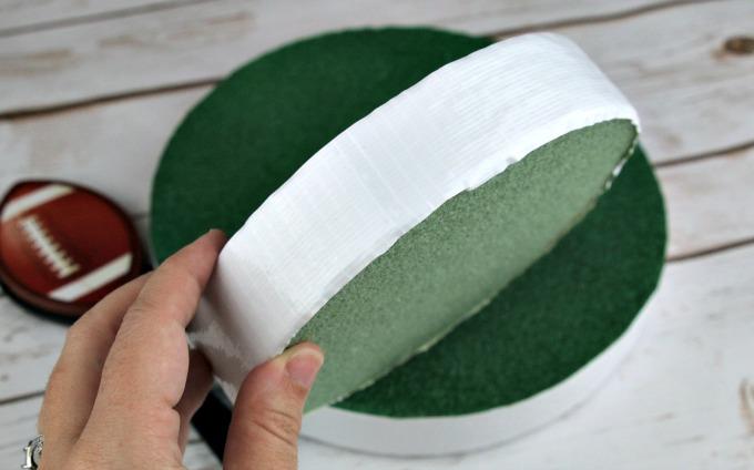 wrap-white-duck-tape-around-edge