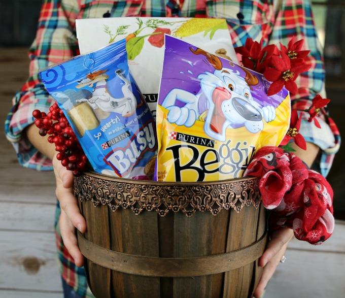christmas-gift-basket-for-dog