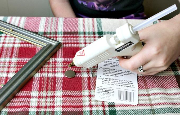 hot-glue-magnet