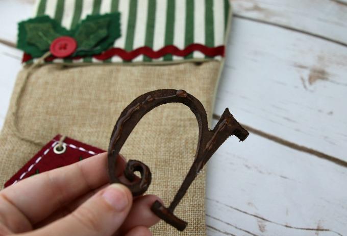 hot-glue-wooden-letter