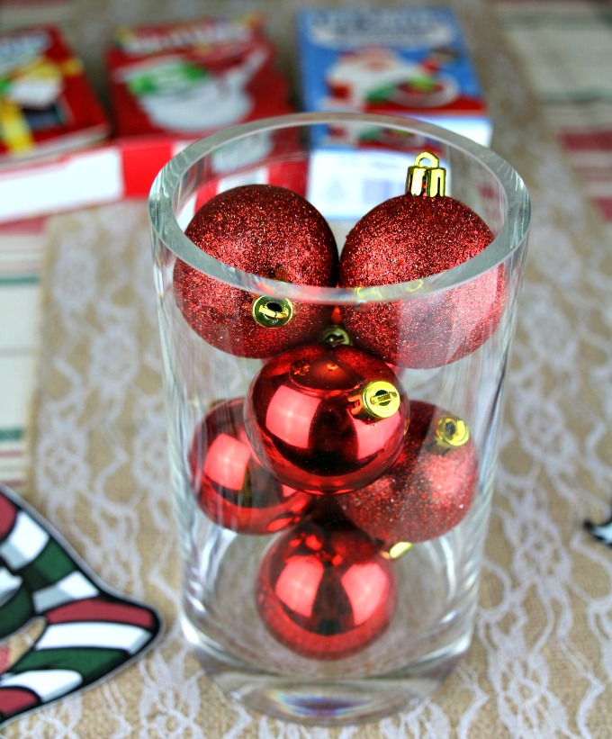 christmas-ornaments-in-vase