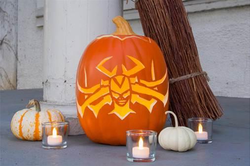 hela inspired pumpkin carving