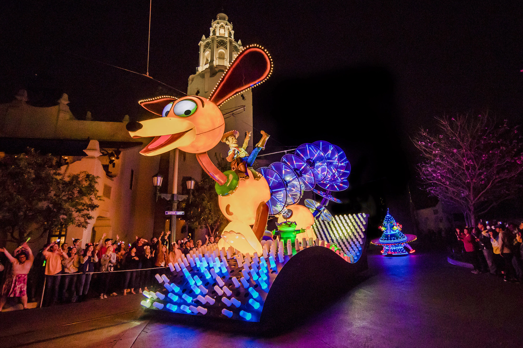 Paint the Night Parade Slinky Dog float