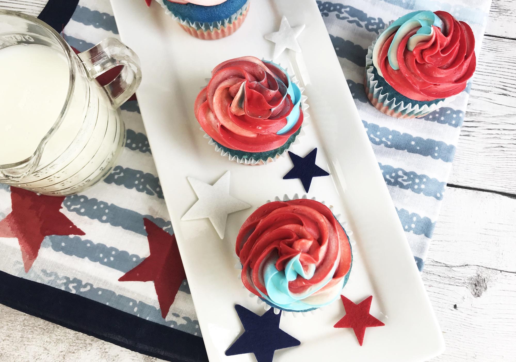 superhero party cupcakes