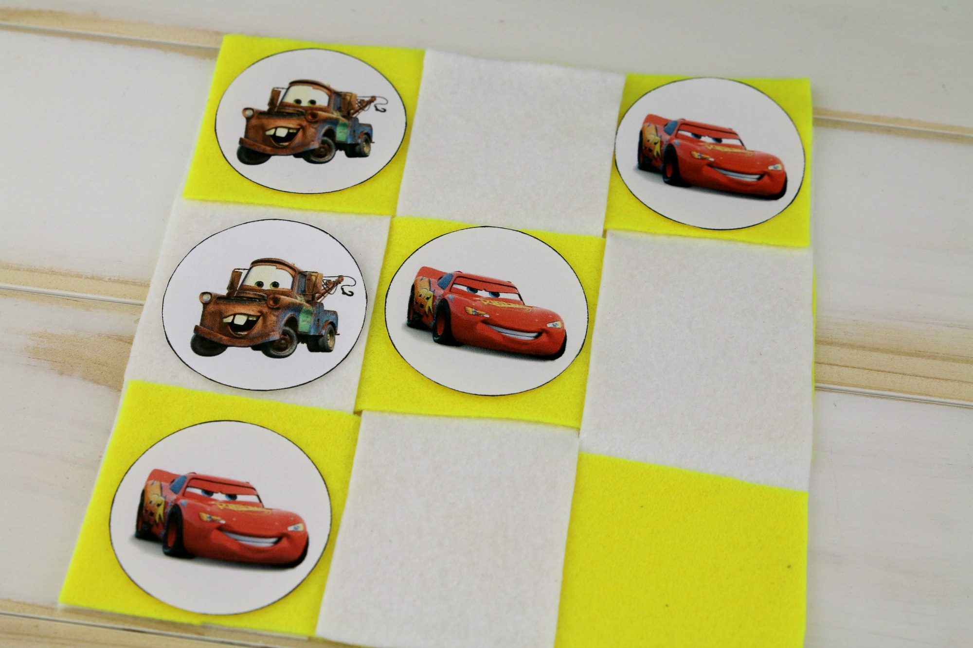 Disney Pixar Cars Tic Tac Toe Game