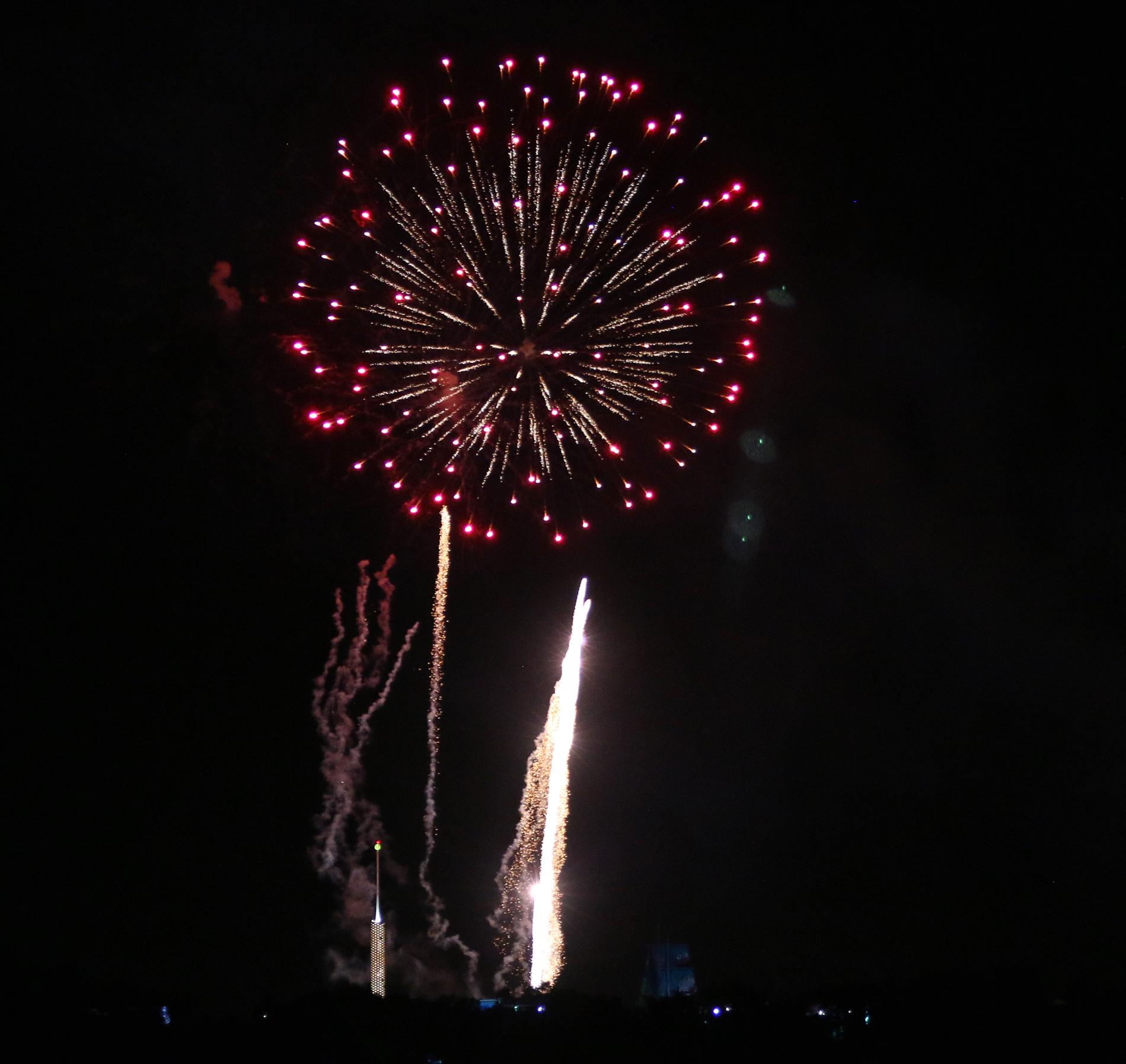 fireworks at SeaWorld