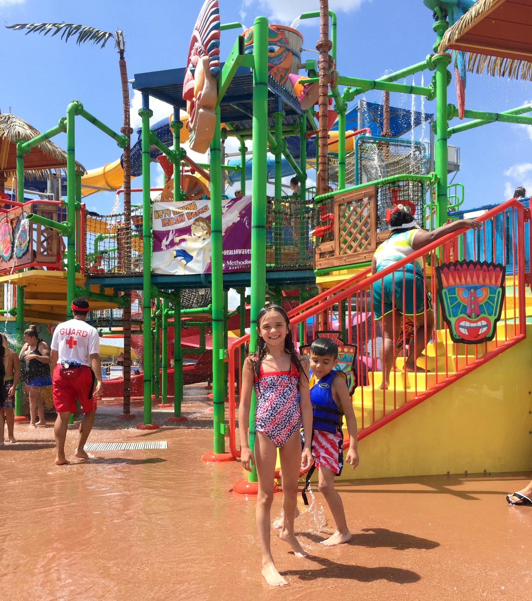 Kid play area at Hawaiian Falls