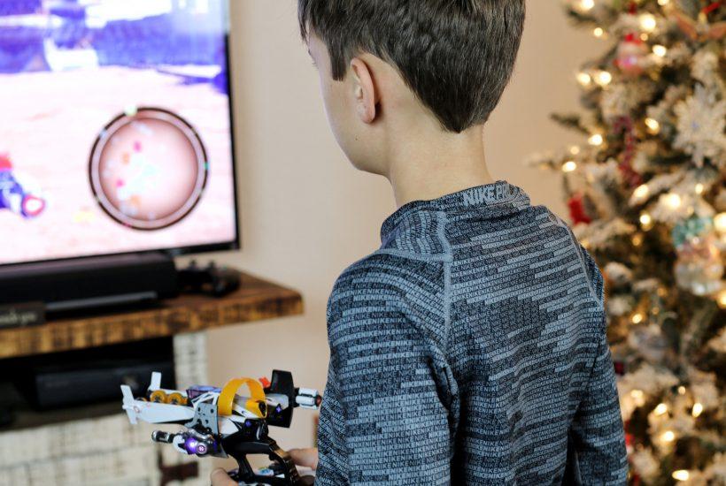 Noah playing Starlink: Battle of Atlas