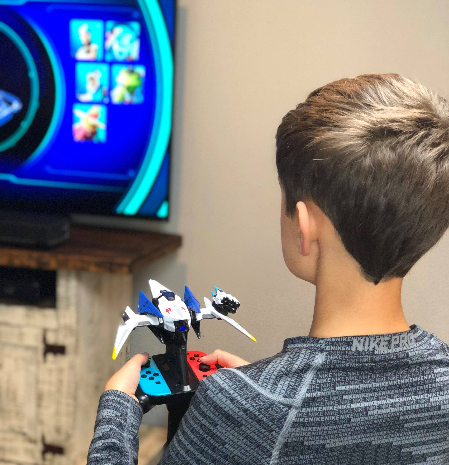 Noah playing Starlink
