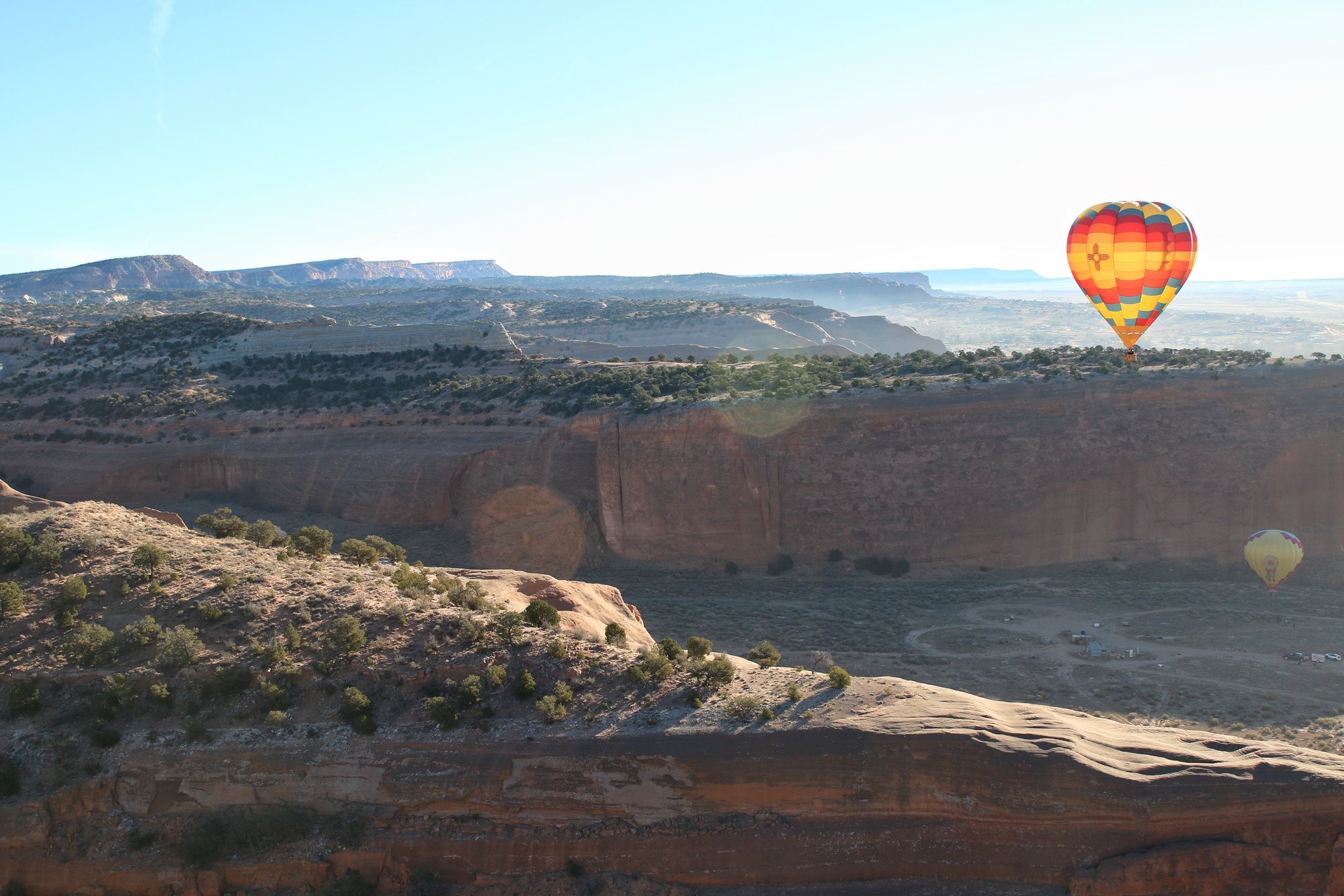 Hot air balloon ride red rocks new mexico