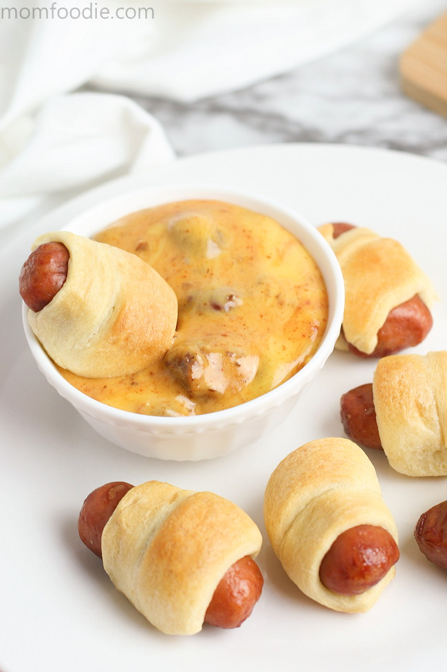 Little Smokies Crescent Rolls - Mini Pigs in a Blanket!