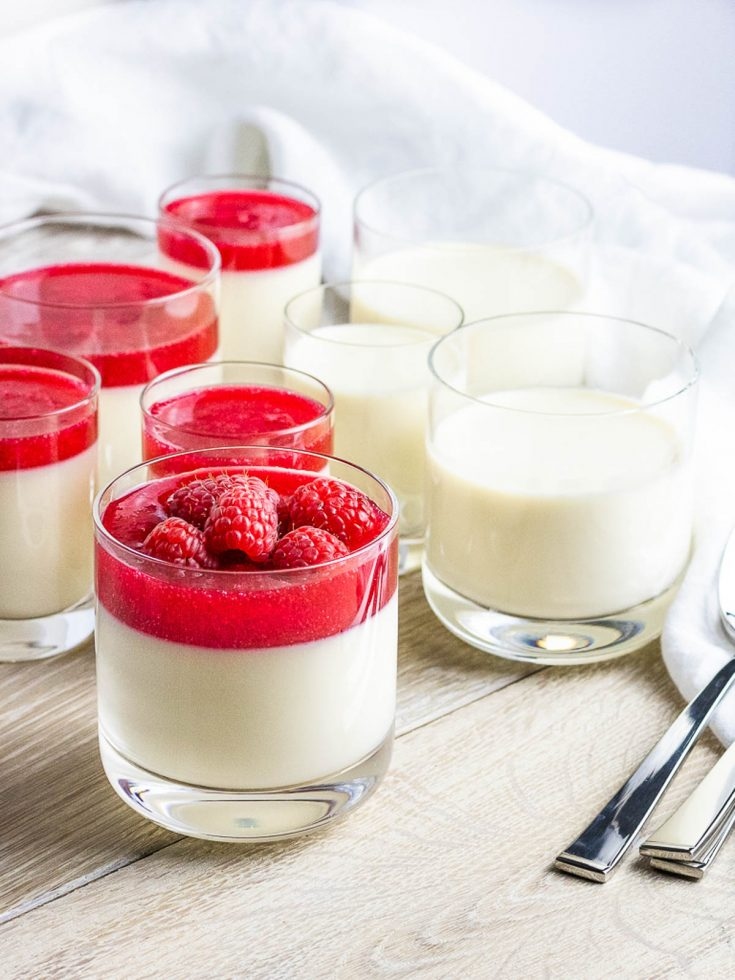 Creamy Panna Cotta Recipe with Cranberry Sauce