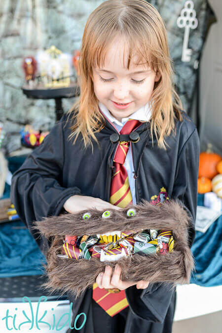 Harry Potter Monster Book of Monsters Candy Box Tutorial