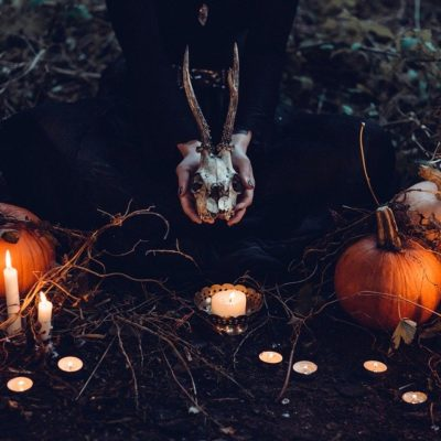 5 Fortune-Telling Games to Play at the Next Halloween Party